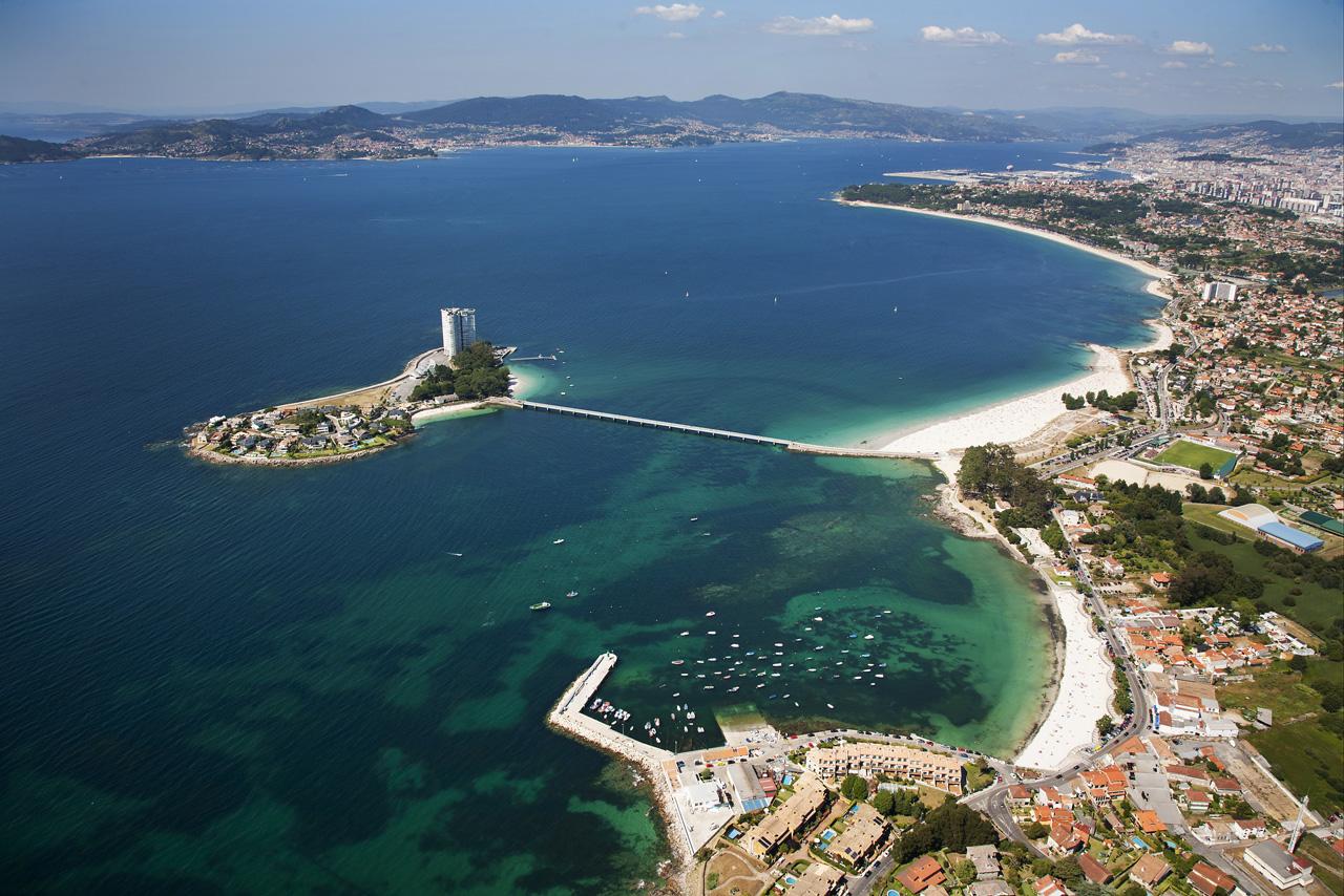 Isla de Toralla en la ría de Vigo. Pontevedra.